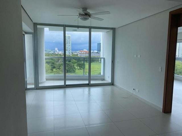 VENTA EN PH PARKSIDE COSTA DEL ESTE